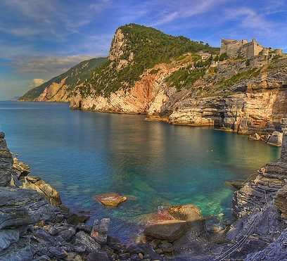 Hiking near Cinque Terre : 4 trails to avoid the crowds